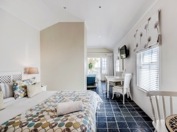 Port Elizabeth Beachfront Accommodation